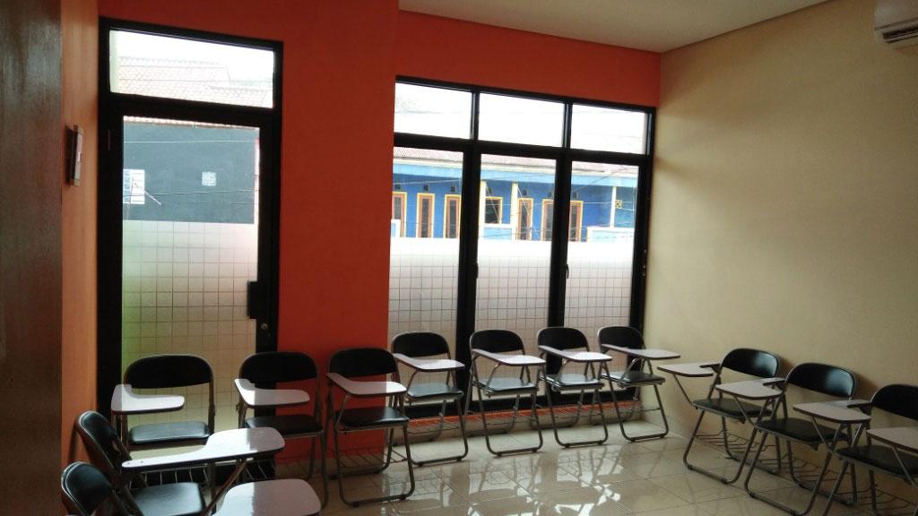 Foto Ruang Kelas 201 Bimbingan Alumni UI, Kapasitas 15 Orang